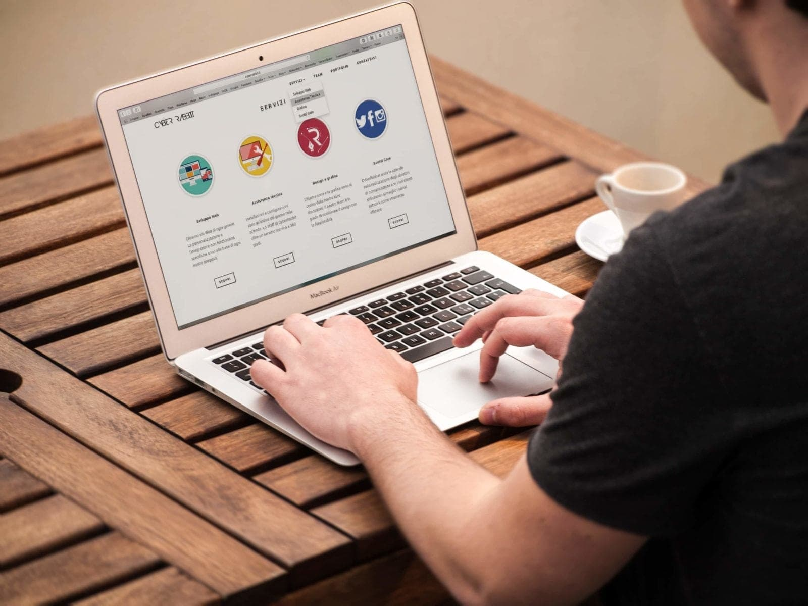 5 Reasons Why Monthly Updates Are Crucial To Online Success